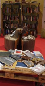 biblioteca-reciclada